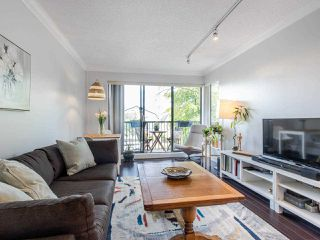 Photo 10: 110 2142 CAROLINA Street in Vancouver: Mount Pleasant VE Condo for sale (Vancouver East)  : MLS®# R2460537