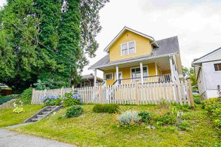 "Main Photo: 612 COLBORNE Street in New Westminster: GlenBrooke North House for sale in ""GLENBROOKE NORTH"" : MLS®# R2487394"