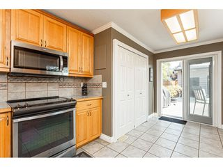 "Photo 12: 19659 36 Avenue in Langley: Brookswood Langley House for sale in ""Brookswood"" : MLS®# R2496777"