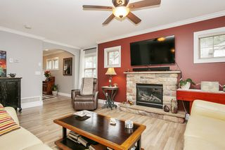 """Photo 4: 79 6887 SHEFFIELD Way in Chilliwack: Sardis East Vedder Rd Townhouse for sale in """"PARKSFIELD"""" (Sardis)  : MLS®# R2507804"""