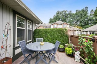 """Photo 19: 79 6887 SHEFFIELD Way in Chilliwack: Sardis East Vedder Rd Townhouse for sale in """"PARKSFIELD"""" (Sardis)  : MLS®# R2507804"""