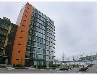 Main Photo: 700 9 Smithe Mews in Vancouver: Condo for sale : MLS®# V781778