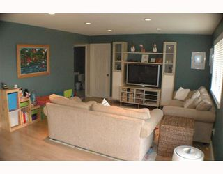 Photo 5: 8120 MIRABEL Court in Richmond: Woodwards House for sale : MLS®# V651376