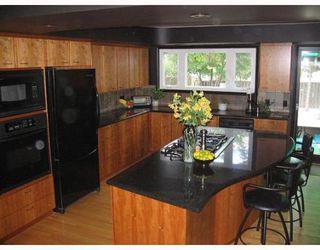 Photo 3: 406 KELVIN Boulevard in WINNIPEG: River Heights / Tuxedo / Linden Woods Single Family Detached for sale (South Winnipeg)  : MLS®# 2711993