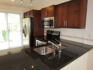 """Photo 10: #275 20170 FRASER HWY in LANGLEY: Langley City Townhouse for rent in """"PADDINGTON STATION"""" (Langley)"""