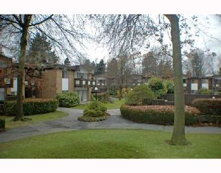 "Photo 8: 7 5575 OAK Street in Vancouver: Shaughnessy Townhouse for sale in ""SHAWN OAKS"" (Vancouver West)  : MLS®# V678345"
