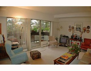 "Photo 2: 7 5575 OAK Street in Vancouver: Shaughnessy Townhouse for sale in ""SHAWN OAKS"" (Vancouver West)  : MLS®# V678345"