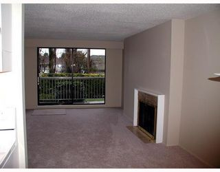 "Photo 2: 2600 E 49TH Ave in Vancouver: Killarney VE Condo for sale in ""SOUTHWINDS"" (Vancouver East)  : MLS®# V632826"