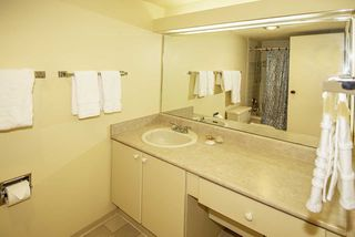 """Photo 11: 506 2101 MCMULLEN Avenue in Vancouver: Quilchena Condo for sale in """"ARBUTUS VILLAGE"""" (Vancouver West)  : MLS®# R2406949"""