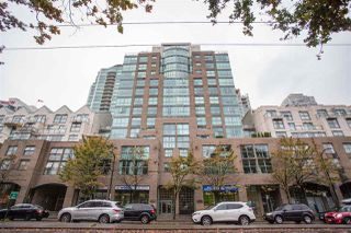 "Main Photo: 303 1159 MAIN Street in Vancouver: Downtown VE Condo for sale in ""CITY GATE II"" (Vancouver East)  : MLS®# R2413773"