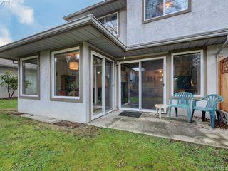 Photo 20: 13 2669 Shelbourne Street in VICTORIA: Vi Jubilee Row/Townhouse for sale (Victoria)  : MLS®# 420165
