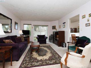 Photo 2: 13 2669 Shelbourne Street in VICTORIA: Vi Jubilee Row/Townhouse for sale (Victoria)  : MLS®# 420165