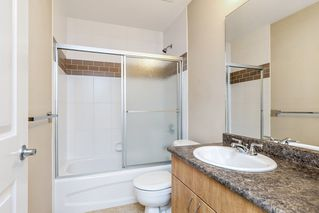 Photo 17: 3 19480 66 Avenue in Surrey: Clayton Townhouse for sale (Cloverdale)  : MLS®# R2437623