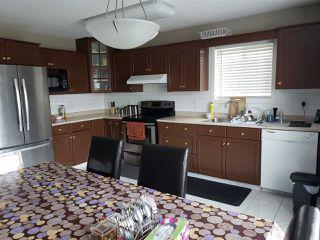 Photo 3: 2830 41 Avenue in Edmonton: Zone 30 House for sale : MLS®# E4199050