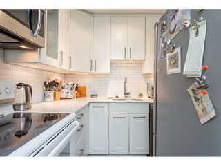 "Photo 9: 301 209 CARNARVON Street in New Westminster: Downtown NW Condo for sale in ""Argyle House"" : MLS®# R2466773"