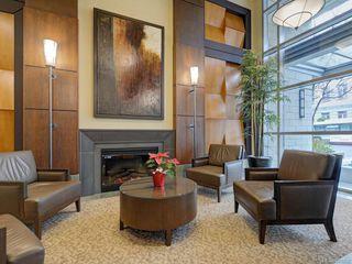 Photo 6: 1505 751 Fairfield Rd in Victoria: Vi Downtown Condo for sale : MLS®# 841662