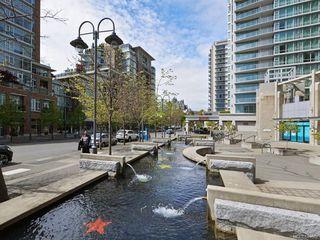 Photo 4: 1505 751 Fairfield Rd in Victoria: Vi Downtown Condo for sale : MLS®# 841662