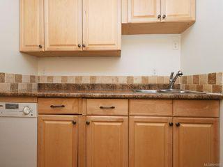 Photo 5: 108 118 Croft St in : Vi James Bay Condo Apartment for sale (Victoria)  : MLS®# 855593