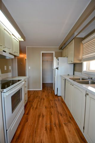Photo 7: 10216 92 Street in Fort St. John: Fort St. John - City NE Manufactured Home for sale (Fort St. John (Zone 60))  : MLS®# R2507457