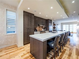 Photo 6: 2005 43 Avenue SW in Calgary: Altadore Detached for sale : MLS®# A1037993
