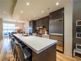 Photo 5: 2005 43 Avenue SW in Calgary: Altadore Detached for sale : MLS®# A1037993