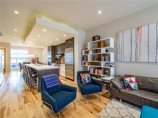 Photo 10: 2005 43 Avenue SW in Calgary: Altadore Detached for sale : MLS®# A1037993