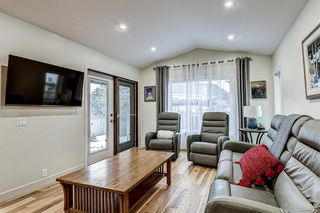 Photo 13: 12714 Douglasview Boulevard SE in Calgary: Douglasdale/Glen Detached for sale : MLS®# A1052479