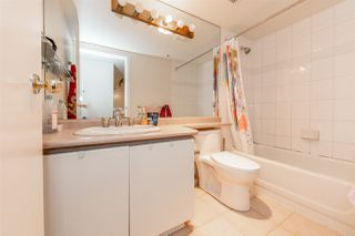 """Photo 12: 506 930 CAMBIE Street in Vancouver: Yaletown Condo for sale in """"PACIFIC PLACE LANDMARK 2"""" (Vancouver West)  : MLS®# R2524345"""