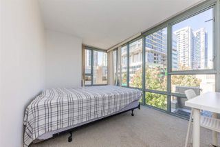 """Photo 10: 506 930 CAMBIE Street in Vancouver: Yaletown Condo for sale in """"PACIFIC PLACE LANDMARK 2"""" (Vancouver West)  : MLS®# R2524345"""