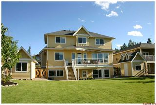 Photo 3: 1581 - 24th Street N.E. in Salmon Arm: Lakeveiw Meadows Residential Detached for sale : MLS®# 10034443