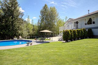 Photo 3: 2728 Rose Dale Drive in Blind Bay: Shuswap Lake Estates Residential Detached for sale : MLS®# 10038293