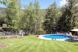 Photo 4: 2728 Rose Dale Drive in Blind Bay: Shuswap Lake Estates Residential Detached for sale : MLS®# 10038293