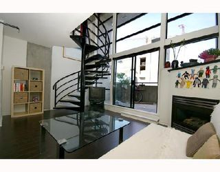 """Photo 2: 313 428 W 8TH Avenue in Vancouver: Mount Pleasant VW Condo for sale in """"XL LOFTS"""" (Vancouver West)  : MLS®# V667228"""