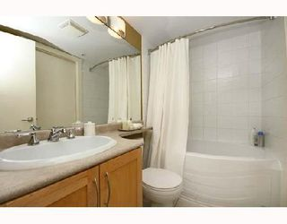 "Photo 7: 102 1858 W 5TH Avenue in Vancouver: Kitsilano Condo for sale in ""THE GREENWICH"" (Vancouver West)  : MLS®# V675574"