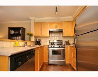 "Photo 5: 102 1858 W 5TH Avenue in Vancouver: Kitsilano Condo for sale in ""THE GREENWICH"" (Vancouver West)  : MLS®# V675574"