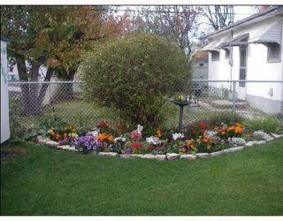 Photo 8: 586 SEVEN OAKS Avenue in WINNIPEG: West Kildonan / Garden City Single Family Detached for sale (North West Winnipeg)  : MLS®# 2719359