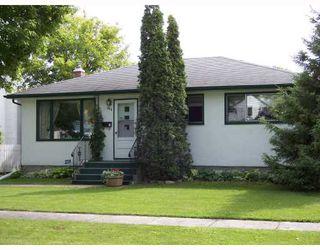 Photo 1: 586 SEVEN OAKS Avenue in WINNIPEG: West Kildonan / Garden City Single Family Detached for sale (North West Winnipeg)  : MLS®# 2719359