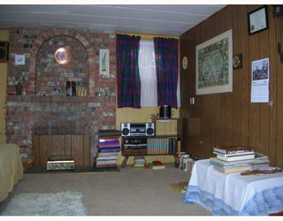 Photo 5: 6995 HALLIGAN Street in Burnaby: Upper Deer Lake House for sale (Burnaby South)  : MLS®# V686559