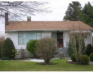 Photo 1: 6995 HALLIGAN Street in Burnaby: Upper Deer Lake House for sale (Burnaby South)  : MLS®# V686559