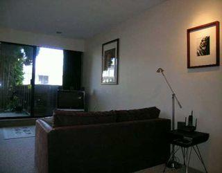 """Photo 2: 101 2410 CORNWALL AV in Vancouver: Kitsilano Condo for sale in """"SPINAKER"""" (Vancouver West)  : MLS®# V611226"""