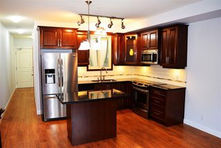 """Photo 5: 123 8288 207A Street in Langley: Willoughby Heights Condo for sale in """"YORKSON CREEK"""" : MLS®# R2420811"""