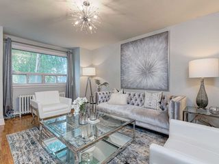 Photo 5: 560 Davisville Avenue in Toronto: Mount Pleasant East House (2 1/2 Storey) for sale (Toronto C10)  : MLS®# C4866933