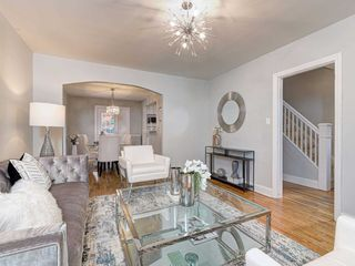 Photo 6: 560 Davisville Avenue in Toronto: Mount Pleasant East House (2 1/2 Storey) for sale (Toronto C10)  : MLS®# C4866933