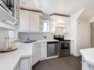 Photo 10: 560 Davisville Avenue in Toronto: Mount Pleasant East House (2 1/2 Storey) for sale (Toronto C10)  : MLS®# C4866933