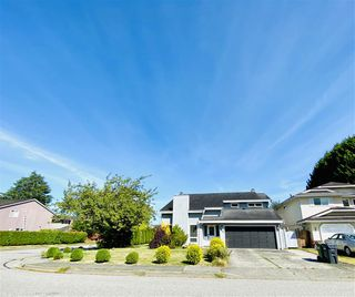 Photo 28: 10280 HOLLYMOUNT Drive in Richmond: Steveston North House for sale : MLS®# R2489571