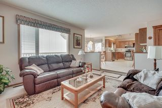 Photo 3: 64 CHRISTIE PARK Hill SW in Calgary: Christie Park Detached for sale : MLS®# A1033359