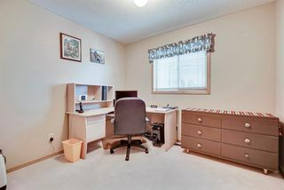 Photo 13: 64 CHRISTIE PARK Hill SW in Calgary: Christie Park Detached for sale : MLS®# A1033359