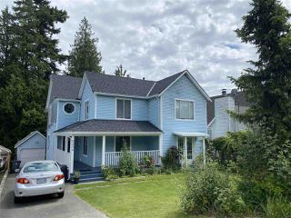 Photo 1: 6234 134 STREET in Surrey: Panorama Ridge House for sale : MLS®# R2464718