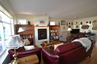 "Photo 9: 6353 WILLIAMS Place in Sechelt: Sechelt District House for sale in ""CASCADE"" (Sunshine Coast)  : MLS®# R2508473"