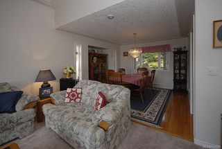 Photo 5: 510 Fawn Pl in : La Thetis Heights House for sale (Langford)  : MLS®# 524659